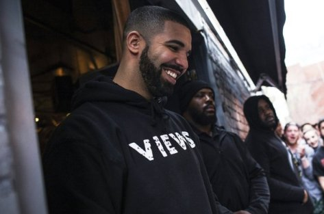 drake-smile-views-2016-billboard-1548-1544323964